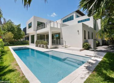 295 Glenridge Rd. Key Biscayne, FL