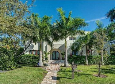 605 Glenridge Key Biscayne